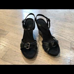 Aerosoles black wedge sandals